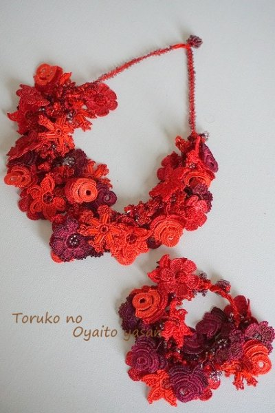 画像1: FLOWER GARDEN ネックレス&ブレスレットセット